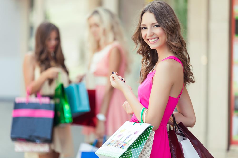 shopping-alone